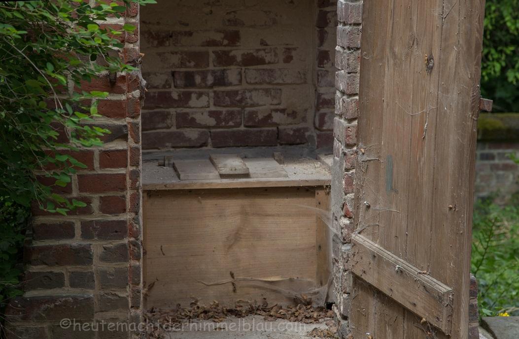 altes Toilettenhaus
