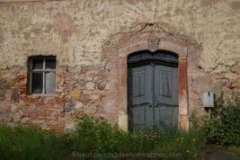 Ein verlassenes Herrenhaus…